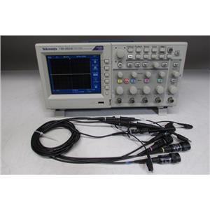 Tektronix TDS2024C Oscilloscope 200MHz 2GS/s 4Ch w/ 4 TPP0201 probes