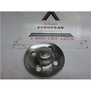 Alfa Romeo Spider wheel center cap