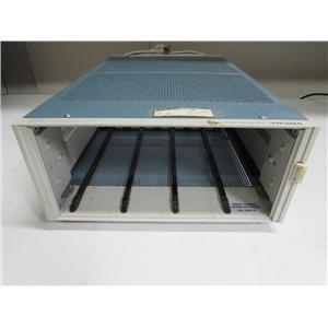 Tektronix TM504 Mainframe