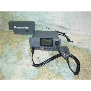 Boaters' Resale Shop of TX 1809 1457.02 RAYMARINE RAY218 VHF RADIO, MIC & COVER
