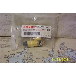 Boaters' Resale Shop of TX 1811 0775.02 YAMAHA 69J-13761-00 FUEL INJECTOR ONLY