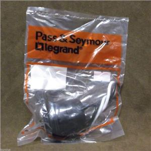 "Legrand Pass & Seymour Rubber Keyless Lampholder w/6"" Leads/Cat.# 201  Box of 13"