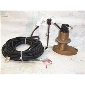 Boaters' Resale Shop of Tx 1403 0002.51 AIRMAR TRIDUCER B744V TRANSDUCER 200kHZ