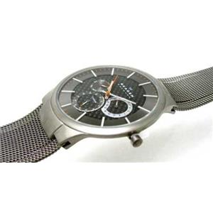Skagen 809xlttm.Steel  Men's Titanium Case and Three Register Carbon Fiber Dial. Titanium Tone Mesh