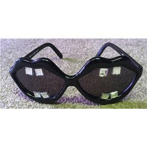 Black Lips with Buck Teeth Gems Open Big Mouth Novelty Sunglasses Shades