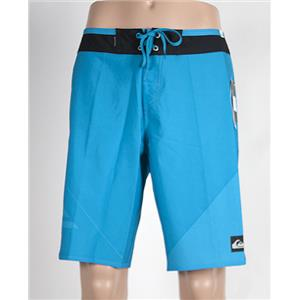 "Quiksilver Men's AG47 New Wave 20"" Boardshorts Blue 32"