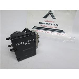 Jaguar S-type ABS pump XW432C219AE