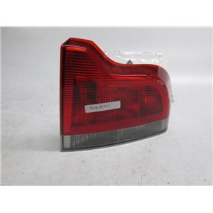01-04 Volvo S60 right passenger side tail light 9483541