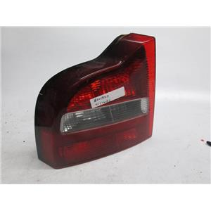 01-03 Volvo S80 left driver side tail light 8643511