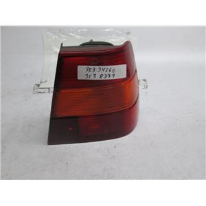 91-95 Volvo 940/960 right outer tail light 3538339 3534260