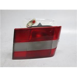 95-98 Volvo 960 S90 right inner tail light 9133744 9133736