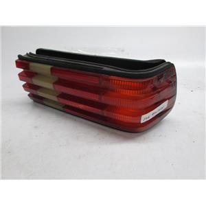 81-91 Mercedes W126 right tail light 380 300 500 420 560 SE SEL 1268201264