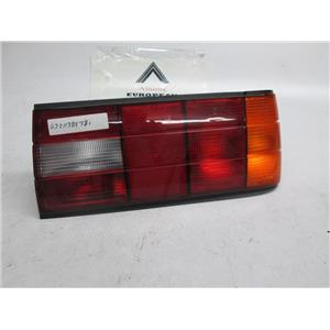 88-93 BMW E30 right side tail light 318is 325i 325is 63211385382