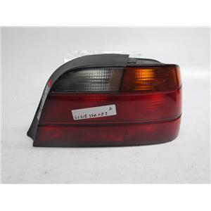 95-98 BMW E38 740i 740il 750il right tail light 63218360082
