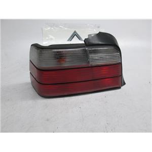 92-98 BMW E36 sedan left tail light 63211393431 325i 328i M3 Clear lens