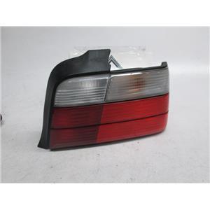 92-98 BMW E36 sedan right tail light 63211393432 325i 328i M3