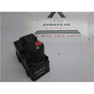 Mercedes central locking door vacuum pump 0008000548