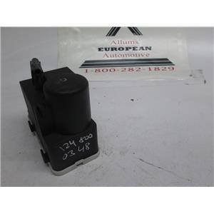 Mercedes central locking door vacuum pump 1248000348