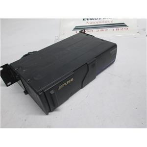 Alpine 6 disc CD changer CHM-S601