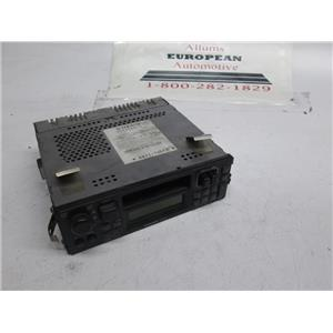 Volvo 240 740 factory radio 3533544 CR-915