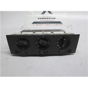 Volvo S40 A/C climate controller 889558