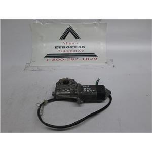 Mercedes R107 right side window motor 0018207842