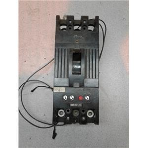 Ge 789A328P9 3 POLE 225 AMP 600V CUIRCUIT BREAKER SHUNT TRIP