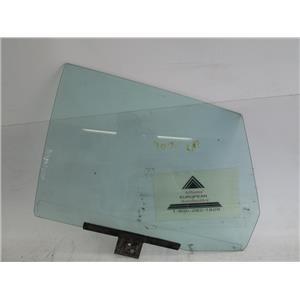 Audi 4000 left rear door glass window 813845025A