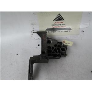 BMW engine bracket mount 1715545