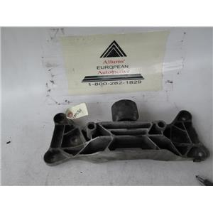 BMW transmission crossmember 1064765