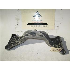 BMW transmission crossmember 1092988