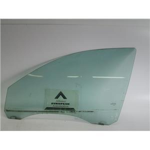 Jaguar X-Type 02-08 left front door glass