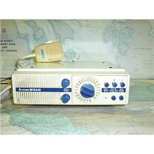 Boaters Resale Shop of TX 1709 0147.01 ICOM M25D VHF MARINE RADIO TELEPHONE
