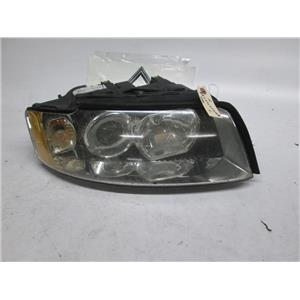 Audi A4 right side xenon headlight 8E0941030AB BROKEN TABS 03-05