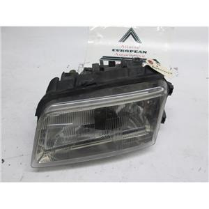 Audi A4 left side headlight 8D0941029E 96-99 broken tab
