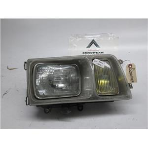 Mercedes W126 300SD 380SEL right side headlight 1268200459 81-85