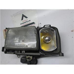 Mercedes W126 300SEL 560SEL right side headlight 1268201059 86-91