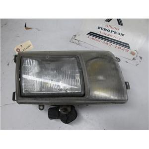 Mercedes W126 300SEL 560SEL right side headlight 1268201059 86-91