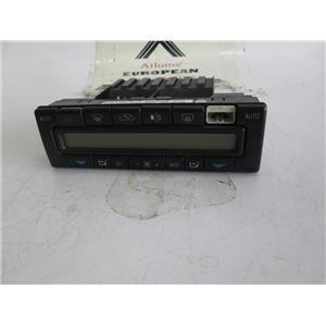 Mercedes W140 A/C climate control unit 2108300585 S500 S420 S320