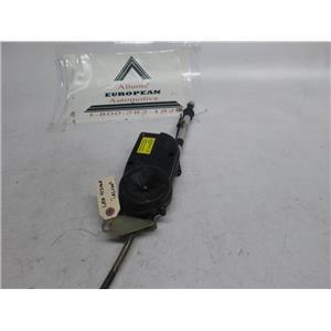 Jaguar XJ8 Vanden Plas power radio antenna LNA4120AA 98-03