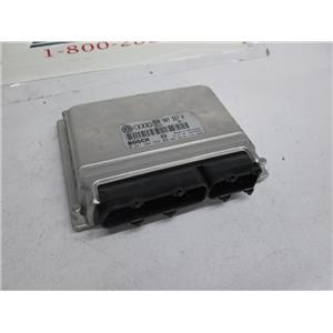 Audi ECU ECM engine control module 0261204258 8D0907557P