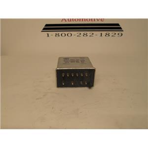 Mercedes W123 seat belt warning relay 0015458232