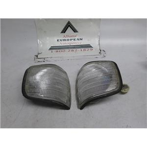 Mercedes W126 right left front turn signals 86-91 0008208421 0008208521 aftermarket
