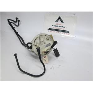 Jaguar XJ8 fuel pump 04-05 C2C24164