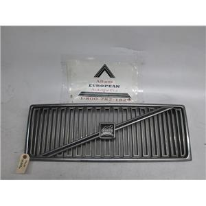 Volvo 740 front grille 1358896
