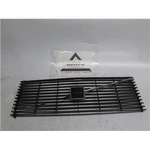 Volvo 240 front grille 75-77 1202117