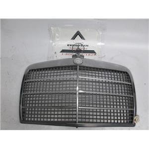Mercedes W114 W115 300D 240 220 280 front grille 73-75