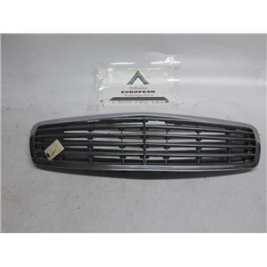 Mercedes W211 E320 E500 E55 front grille
