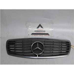 Mercedes W211 E320 E500 E55 front grille 2118800583