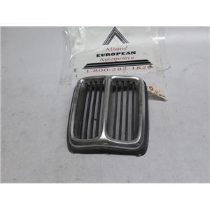 BMW E21 center kidney grille 51131872047